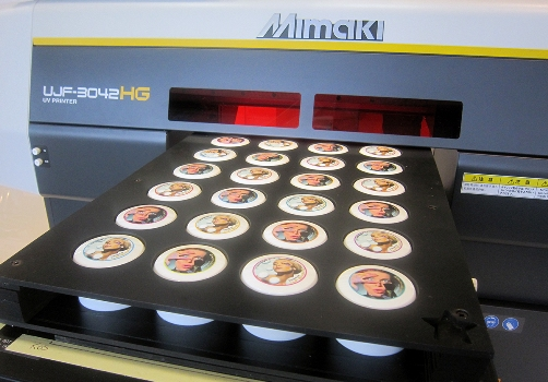 Mimaki UJF printing directly to plastic jars